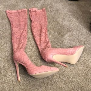 Sexy lace knee high heels!! Never worn!